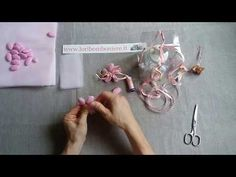 Stella di confetti - YouTube Confetti, Crochet Baby, Party Favors, Diy And Crafts, Bouquet, Baby Shower, Flowers, Shape, Wedding Favors