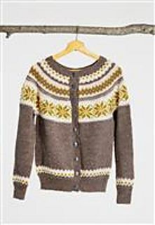 Nancykofte Dame Mellombrun Ladies Cardigan Pattern free if yarns for garment is purchased at the same time. Cardigan Pattern, Knit Cardigan, Fair Isles, Knit Fashion, Vintage Knitting, Sweater Jacket, Cardigans For Women, Mantel, Knitwear