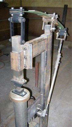 klikni pro další 10/472 Power Hammer Plans, Blacksmith Power Hammer, Blacksmith Forge, Metal Working Tools, Metal Tools, Homemade Tools, Diy Tools, Metal Fabrication, Air Hammer