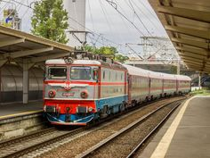 All sizes | RO-CFR Călători - 40-0369-5 - Bucureşti Nord | Flickr - Photo Sharing! Bahn, Train Tracks, Locomotive, Automobile, Journey, Europe, Photo And Video, History, World