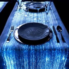Geef je #evenement een futuristisch tintje met dit #tafelkleed van #glasvezel