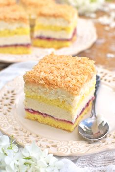 Ciasto Łabędzi Puch Polish Desserts, Polish Recipes, Sweets Cake, Cupcake Cakes, Eclairs, First Communion Cakes, Cake Decorating Videos, New Cake, Mini Foods