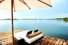 Relajante vistas desde las tumbonas del muelle del Hotel Agua Barú. Foto: Félix Lorenzo