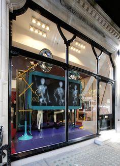 Christian louboutin x ray windows by studioxag, london visual merchandising Design Garage, Shop Front Design, Design Café, Display Design, Store Design, Shop Window Displays, Store Displays, Garage House, Shop Interior Design