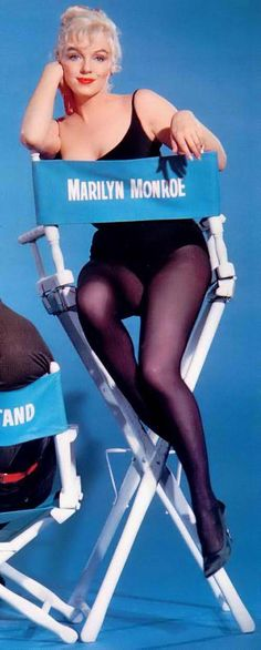 Marilyn Monroe publicity photo for Let's Make Love (1960)
