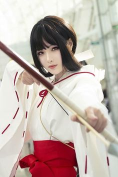 The Blind Ninja theblindninja Inuyasha Cosplay, Anime Cosplay Mädchen, Best Cosplay, Pose Reference Photo, Human Poses Reference, Japonese Girl, Archery Girl, Japanese Warrior, Yoruba