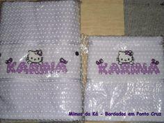 Embalagem para o Jogo de Toalhas de Banho e Rosto - Monograma da Hello Kitty com o nome Karina