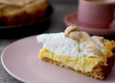 Luscious lemon meringue pie, anyone? Milo Cake, Google Recipe, Condensed Milk Cake, Malva Pudding, Delicious Desserts, Dessert Recipes, Lemon Filling, Lemon Meringue Pie, South African Recipes
