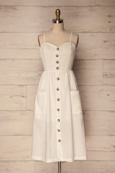 Cute dresses - pretty dresses for all ages Simple Dresses, Pretty Dresses, Summer Dresses, Cheap Dresses, Maxi Dresses, White Dress Summer, White Midi Dress, Casual Dress Outfits, Cute Outfits