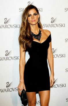 Little black dress in its sexiest form! Off the shoulder Sweetheart neckline mini bandage