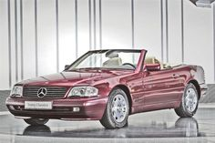1997 Mercedes-Benz SL 320 Convertible with hardtop - these are really great cars and look good value. Estimate £15,000 - 22,000