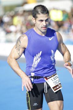 Entrando en meta (Maratón Valencia 2013)