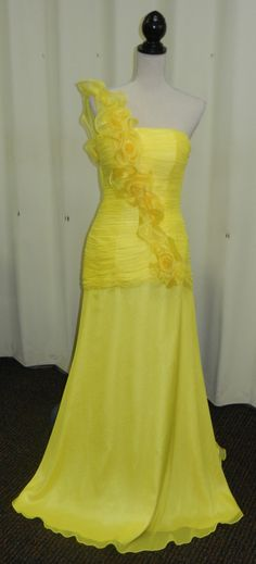 1000+ images about Dress Donation Drive // Bridal & Prom ...