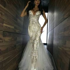 Stunning Bodice on this Gown ❤️ #weddings #bridal #planner #eventplanner #stylist #bride #bridetobe #couture #dresses #create #design #makeup #beauty #boho #flowers #ceremony #weddingplanner #love #photography #weddedwonderland #gettingmarried #fashion #weddingdress #bridalblogger #jewellery #weddingsbyyourstruly #bride2be #princess