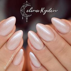 business-casual-nails-pearly-almond-nude Top 50 Best Business Casual Nails 2018 Nail Art Business Casual Nails