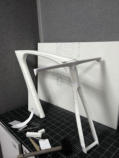 Shoulder on Industrial Design Served Velo Design, Bicycle Design, Design Thinking Process, Wooden Fork, Garage Bike, Bike Style, Transportation Design, Cycling Bikes, Wishbone Chair