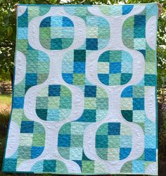 Mod Pop quilt from She Can Quilt - SO awesome!