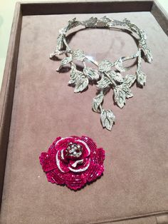 The Peony Mystery-Setting Necklace fresh from the Van Cleef & Arpels workshop premiered at TEFAF.