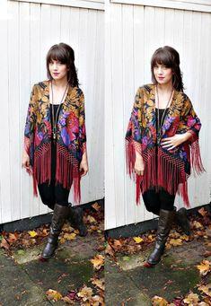 FRINGE KIMONO JACKET// boho kimono,floral kimono,fringe kimono,hippie,boho,floral fringe kimono,one size fits most