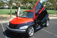 Resultado de imagem para pictures of custom pt cruisers Chrysler Pt Cruiser, Plymouth, Vehicles, Pictures, Paint, Future, Awesome, Cars, Motorcycles