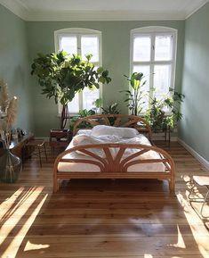 56 of The Best Bohemian Style Bedrooms,bohemian bedroom ideas on a budget,romantic bohemian bedroom Room Ideas Bedroom, Home Bedroom, Bedroom Decor, Warm Bedroom, Bedroom Setup, Clean Bedroom, Bedroom Inspo, Bed Room, Kids Bedroom