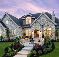 Custom luxury homes in Utah are easier than ever with Highland Custom Homes, Utah's premier home builder.