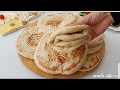 BU KADAR YUMUŞAKLIK FAZLA /HAMUR AÇMASINI BİLMEYENLER BİLE BU YUMUŞACIK EKMEĞİ YAPABİLECEK - YouTube Iftar, Make It Yourself, Waffle, Cooking, Ethnic Recipes, Youtube, Brot, Food And Drinks, Kitchen