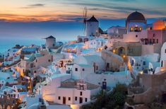 Santorini, or Thira, is the top destination in Greece and among the most romantic destinations in the Greek islands and also in the world. Destinations D'europe, Romantic Destinations, Amazing Destinations, Holiday Destinations, Beautiful Islands, Beautiful Places, Things To Do In Santorini, Voyage Rome, Parc National