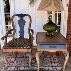 Kimberly Bower Cathey used Dixie Belle Paint in Pine Cone, Yankee Blue and Best Dang Wax in Black to transform this furniture! What do you think #bestpaintonplanetearth #dixiebellepaint #chalklife #pinecone #yankeeblue #bestpaintonplanetearth #dixiebellepaint #chalklife #homedecor #doityourself #diy #chalkmineralpaint #easypeasypaint #makingoldnew #whybuynew #justpainting