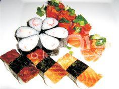; Sashimi, Japanese Treats, Caprese Salad, Oriental, Ethnic Recipes, Food, Japanese Cuisine, Chinese Food, Recipes