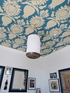 Wallpapered ceiling!!