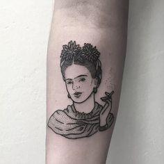 Frida Kahlo tattoo by Emily Alice Johnston. #EmilyAliceJohnston #FridaKahlo…