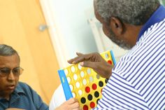 Brain Games for Stroke rehab-connect four Aphasia Therapy, Cognitive Therapy, Physical Therapy, Physical Education, Brain Games For Adults, Activities For Adults, Elderly Activities, Dementia Activities, Senior Activities