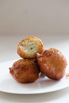 ricotta doughnuts with warm honey & cinnamon