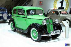 1934 SKODA 420 Rapid #Skoda Retro Cars, Vintage Cars, Antique Cars, Veteran Car, Volkswagen Group, Classy Cars, Old Cars, Cars Motorcycles, Super Cars