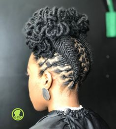 Braided Loc Petal updo 💁🏾♀️ SWIPE Done at Karibbeankinks Natural hair salon ☎️ text 📍location : 557 Ritchie Rd… Short Locs Hairstyles, Hairstyles Over 50, My Hairstyle, Twist Hairstyles, Stylish Hairstyles, African Hairstyles, Short Hair Twist Styles, Updo Styles, Curly Hair Styles