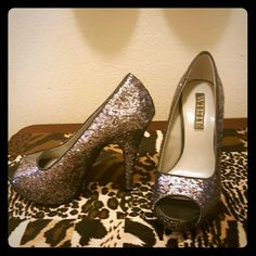Vera Wang Glitter Peep Toe Platform heels Wore once, in excellent condition size 8.5 Vera Wang Shoes Heels