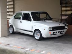 Fiat Cars, Jdm Cars, 147 Fiat, Carros Suv, Volkswagen Golf Mk1, Fiat Uno, Cafe Racing, Fiat Abarth, Modified Cars