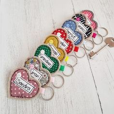 Are you interested in our Personalised Key ring? With our Mother's Day gift Heart Key ring you need look no further. Freehand Machine Embroidery, Free Motion Embroidery, Free Machine Embroidery, Embroidery Hoop Art, Hungarian Embroidery, Embroidery Jewelry, Personalised Love Hearts, Personalised Gifts Diy, Handmade Gifts