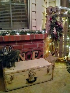 Distressed Metal Trunk, Christmas, Antique Sleigh, Noel Outside decor