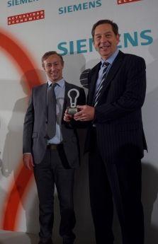 """DHL recibe el premio """"Las 100 Mejores Ideas"""" de Actualidad Económica http://www.comunicae.es/nota/dhl-recibe-el-premio-las-100-mejores-ideas-de-1117107/"""