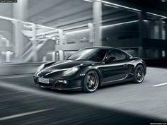¿Qué te parece el Porsche Cayman S Black, edición limitada?     #lujo #coches #cochesdelujo #porsche #deportivos