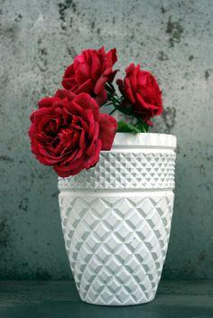 #concrete #vase #design by #greymatters http://www.greymatters.gr