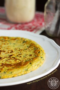 Vegan Chickpea Omelette | Je suis alimentageuse | #vegan #breakfast