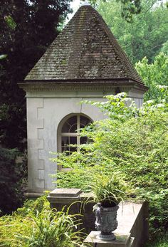 Mossy roof folly at Winterthur garden via Tone on Tone