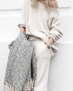 seriously sophisticated loungewear — curated by ajaedmond.com | capsule wardrobe | minimal chic | minimalist style | minimalist fashion | minimalist wardrobe | back to basics fashion #comfystyle
