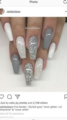 White Sparkly Nails, Sparkly Acrylic Nails, Acrylic Nails Coffin Short, Best Acrylic Nails, Matte Gray Nails, White And Silver Nails, Grey Nail Art, Silver Glitter Nails, Gorgeous Nails