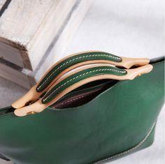 Ladies Handbags Full Grain Leather Handmade Cross body Bag Designer Handbags CF37