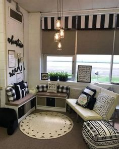 80 Best and Most Comfortable Class Decorating Ideas ~ feryhan.com #classroom #classroomideas #classroomdesign