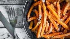 Looking for a snack without the side of guilt? Look no further than my Sweet Potato Cheesy Fries! Sour Cream, Food For Immune System, Vegan Fast Food Options, 28 By Sam Wood, Parmesan Fries, Potato Varieties, Sweet Potato Chips, Low Calorie Snacks, Most Popular Recipes